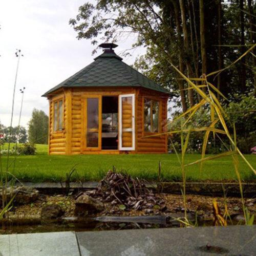 groot_2880_Finse_Kota_paviljoen_grenen_ticra_outdoor_tuinhuisje_atelier_ramen
